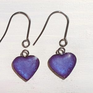 Heart drop earrings with short wires – Violet