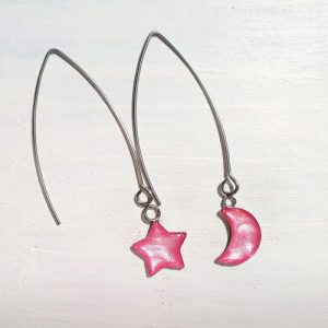 Long wire drop star& moon earrings – Candy floss pearl