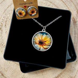 "Stainless steel Earrings & Necklace set ""Contrast Sunflower"" - 7dbf89e9 e61d 4ced a535 4d85d9e7bb43 500x500"