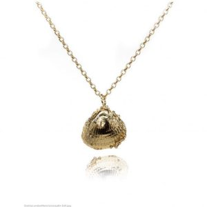 Large gold seashell necklace