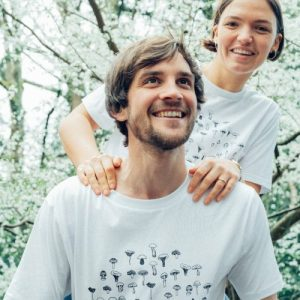 Bundle of 6 T-Shirts – Medium