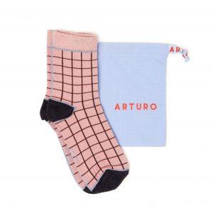 Arturo quadra tutto – Pink Lurex