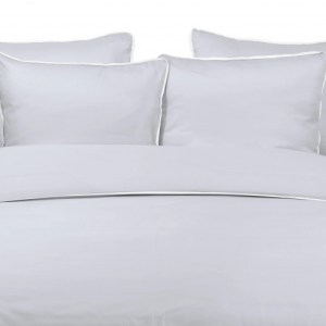 Duvet Cover BAMBOO CLOUD with MIST LINEN PIPING 260X240cm incl 2 Pillow Covers 65x65cm