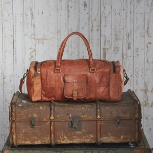 Extra Large Brown Leather Holdall With Zipped Pockets