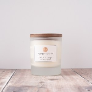 Frosted candle with wooden lid - Lime, Basil and Mandarin: 280 g - e5 500x500