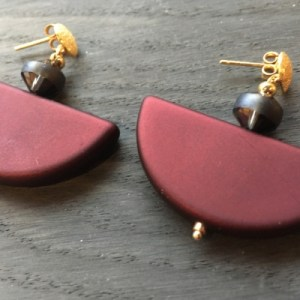 Red Earrings - fa41ccb226540bed6765163404bda057dcc59feb 500x500