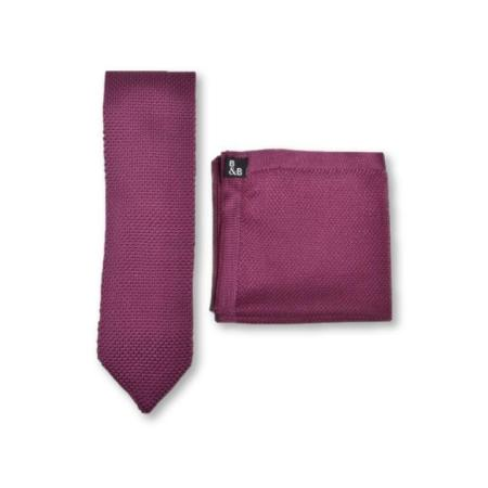Berry pink knitted tie and pocket square set