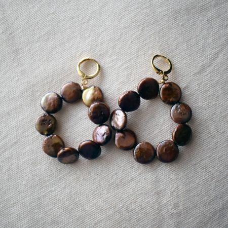 Omo Love (Dark Brown) Pearl Hoop earrings