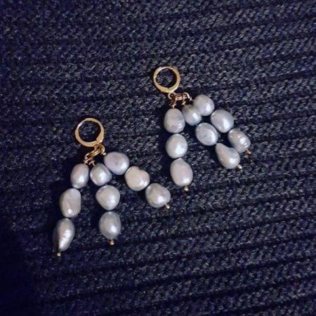 Igi (Trees) Icy blue freshwater pearl earrings