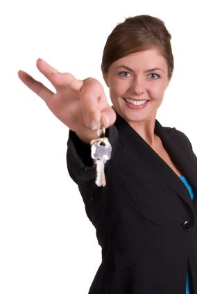 Should Creative Investors Get a Real Estate License?