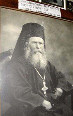 Parintele Ioanichie Moroi - cel care l-a tuns in monahism pe parintele Cleopa Ilie