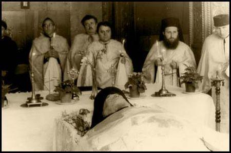 Mormantul Parintelui Nicolae Steinhardt - Rohia