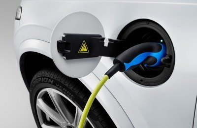 The_all_new_Volvo_XC90_Charging