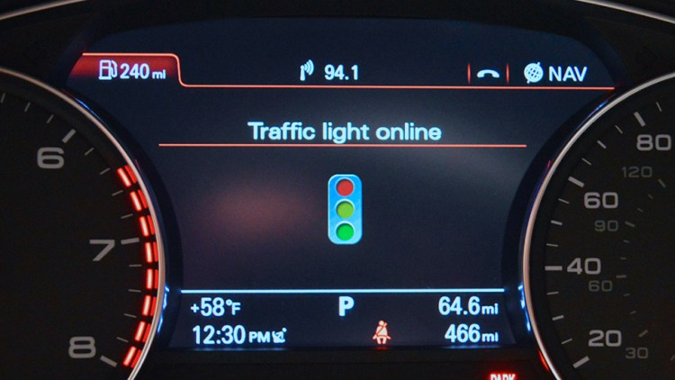 audi-connected-with-traffic-lights