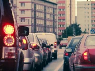 Χωρίς φανάρια σε διασταύρωση πόλης