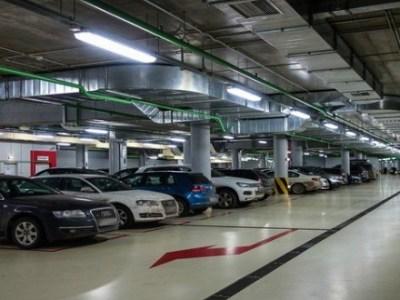 Θέση πάρκινγκ με τιμή διαμερίσματος
