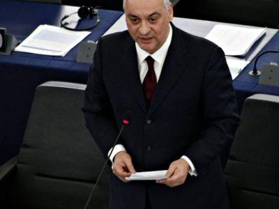 Ιταλός ευρωβουλευτής τα χώνει στη ΝΔ