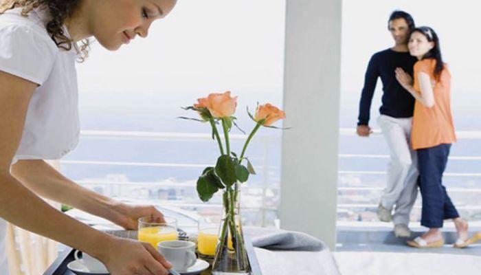 Αυτοί είναι οι νέοι μισθοί των ξενοδοχοϋπαλλήλων