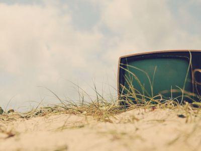 Δεν κάνει καλό στους μεσήλικες η τηλεόραση