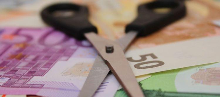Κόψτε συντάξεις - βάρος οι κρατικές επιχειρήσεις