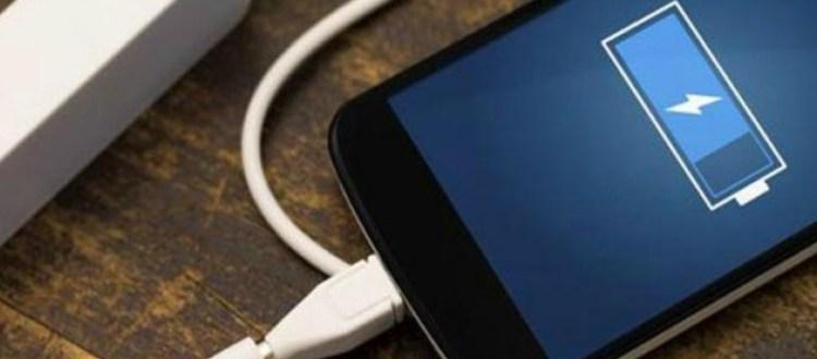 5 κόλπα για να φορτίσετε πιο γρήγορα το smartphone