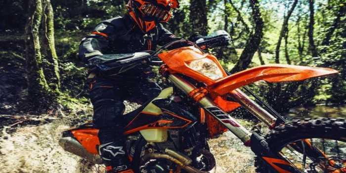Η νέα γκάμα μοτοσικλετών EXC της KTM