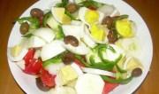 Το ευκολότερο καλοκαιρινό φαγητό: χωριάτικη κρητική πατατοσαλάτα! (VIDEO)