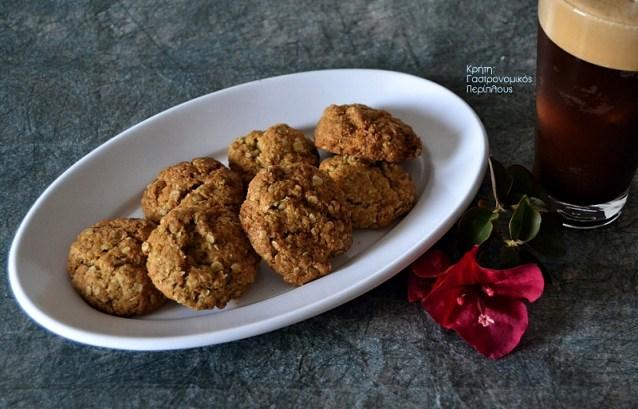 Μπισκότα με νιφάδες βρώμης και καρύδα