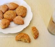 Αφράτα μπισκότα με μπανάνες και ελαιόλαδο