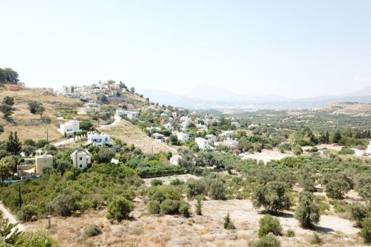 Plot for sale in Kamilari village with amazing view