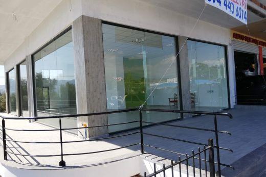 Επαγγελματικός χώρος προς ενοικίασει-Commercial space for rent