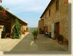 Residenza LApparita Agriturismo Podere Toscana Montepulciano Siena Pienza Farm house