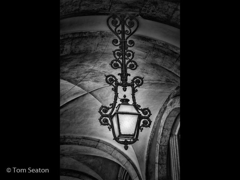 Tom Seaton – 1_Lamp Light_M_05-2