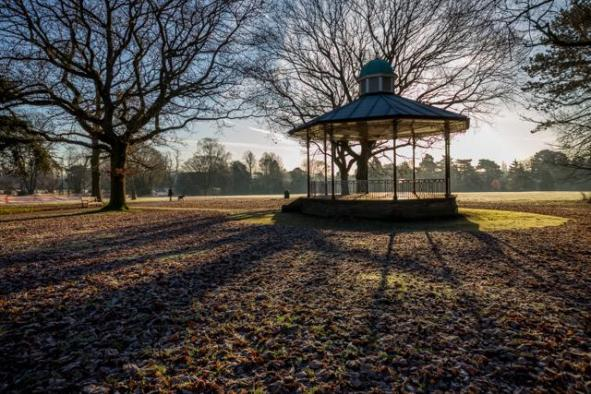 The backlit Band Stand