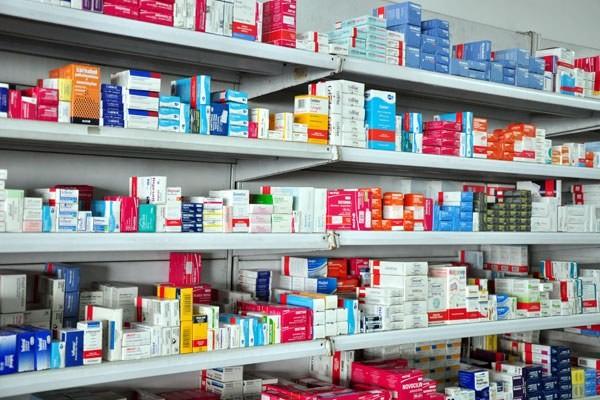 Fabricantes devem alertar sobre medicamentos que saem de linha