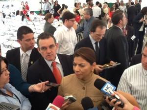 Presidenta se niega a referirse sobre posible vínculo entre caso de La Nación y su vicepresidente Luis Liberman. CRH