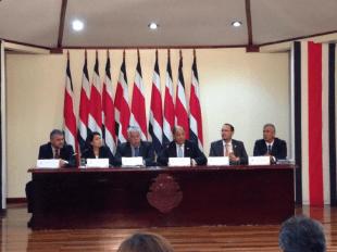 Imagen del Presidente durante consejo de gobierno. Foto Casa Presidencial