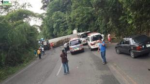 Este accidente en ruta 32 cerró el paso temporalmente el 9 de junio. Cortesía MOPT.