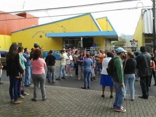 """Paraíseños protestan por el faltante de agua """"hasta que el cuerpo aguante"""", desde febrero el problema se agravó. Imagen del Grupo Movimiento Cívico Florencio del Castillo."""