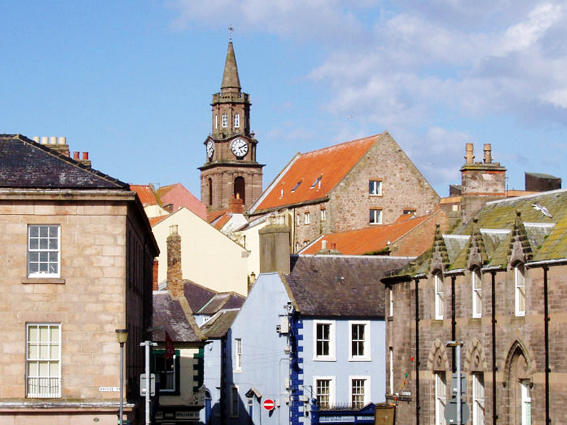 the border town of berwick