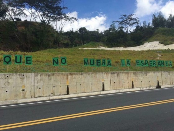 """20 Años de Impunidad, 20 Años de Lucha Para """"Que No Muera la Esperanza"""" Tomado de: contagioradio.com"""