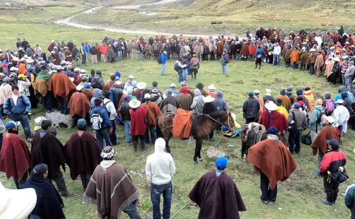 Rondas Campesinas en Defensa y Control del Territorio. Tomado de: www.servindi.org