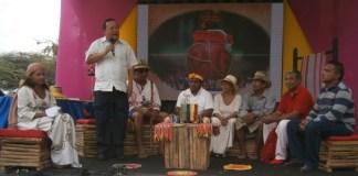 El Gobernador encargado de La Guajira, Weildler Guerra Cúrvelo, se comprometió apoyar la Escuela de Comunicación Indígena.