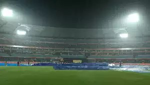Cricket Photos - Sunrisers Hyderabad vs Royal Challengers ...