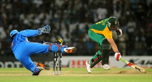 MS Dhoni's Wicket-Keeping Habit