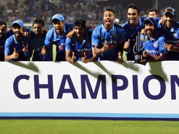 India win Vizag ODI and the series 3-2 against New Zealand