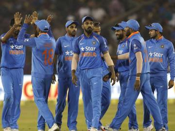 India v England 2017, 2nd ODI Scorecard