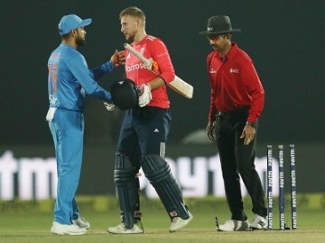 Virat Kohli vs Joe Root