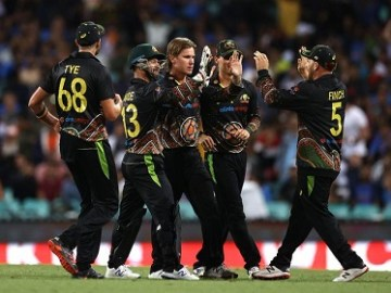 Brief scorecard of Australia vs India 3rd T20I 2020