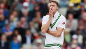 South Africa's Morne Morkel reacts